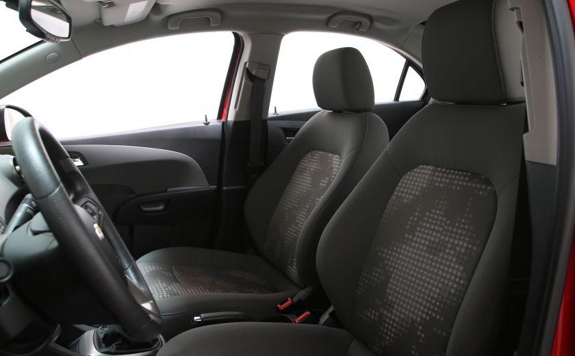 hyundai vaudreuil auto usag e chevrolet sonic 2014. Black Bedroom Furniture Sets. Home Design Ideas