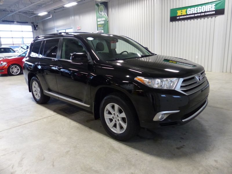 2014 toyota highlander built for comfort review. Black Bedroom Furniture Sets. Home Design Ideas