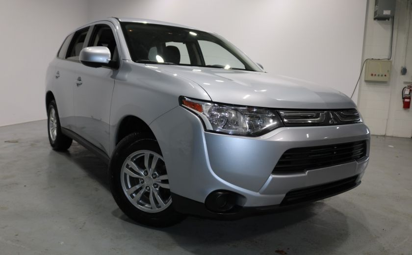 2014 Mitsubishi Outlander ES AWD CVT Sieges-Chauf Bluetooth MP3/USB Cruise #0