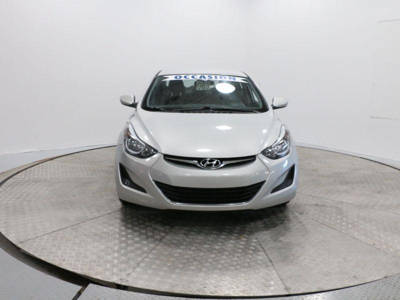 2015 Hyundai  Elantra MANUEL, vitre electrique, aux, mirroir chauff