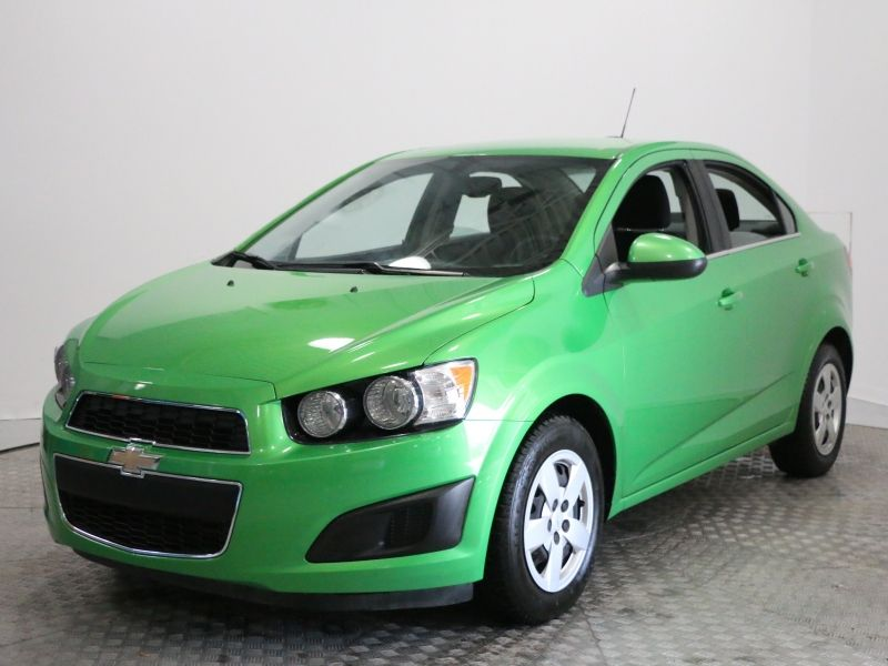 2015 Chevrolet  Sonic LT, camera recul, cruise, bluetooth, siege ch