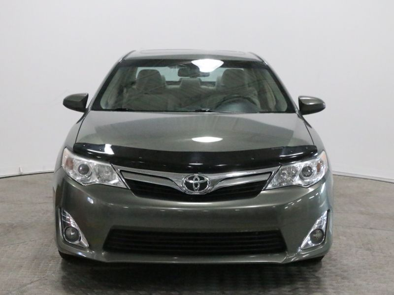 2012 Toyota  Camry XLE TOIT MAGS FOGS V6