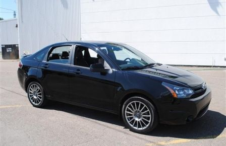 2010 Ford Focus SES in