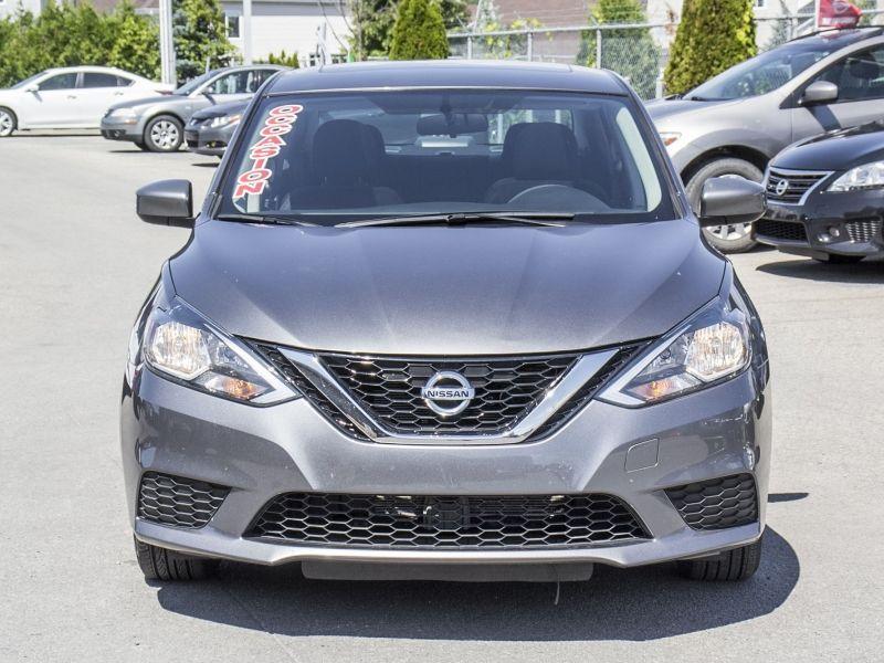 2016 Nissan Sentra SV + MAGS + TOIT + BAS KILO!!!